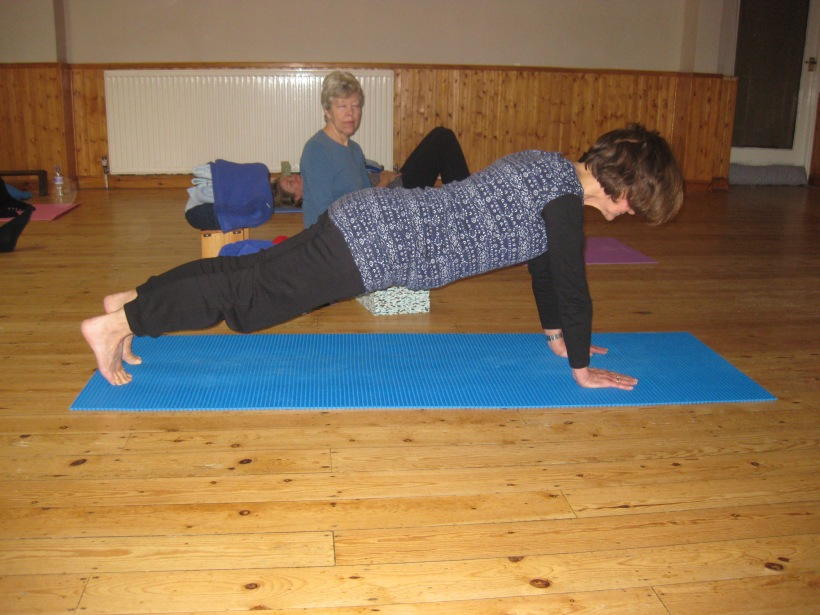 do-yoga yoga workshop for the core